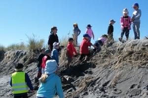 2 Erosion cliff - challenging for Hokitika primary children r